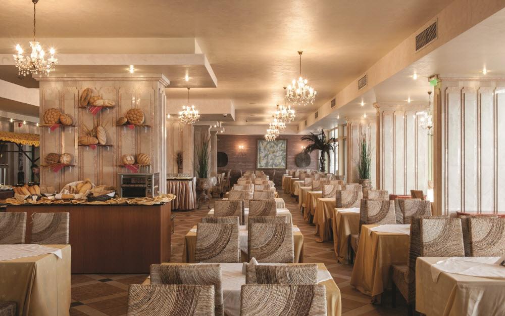 Letovanje_Hoteli_Bugarska_Elenite_Royal_Bay_Barcino_Tours48.jpg