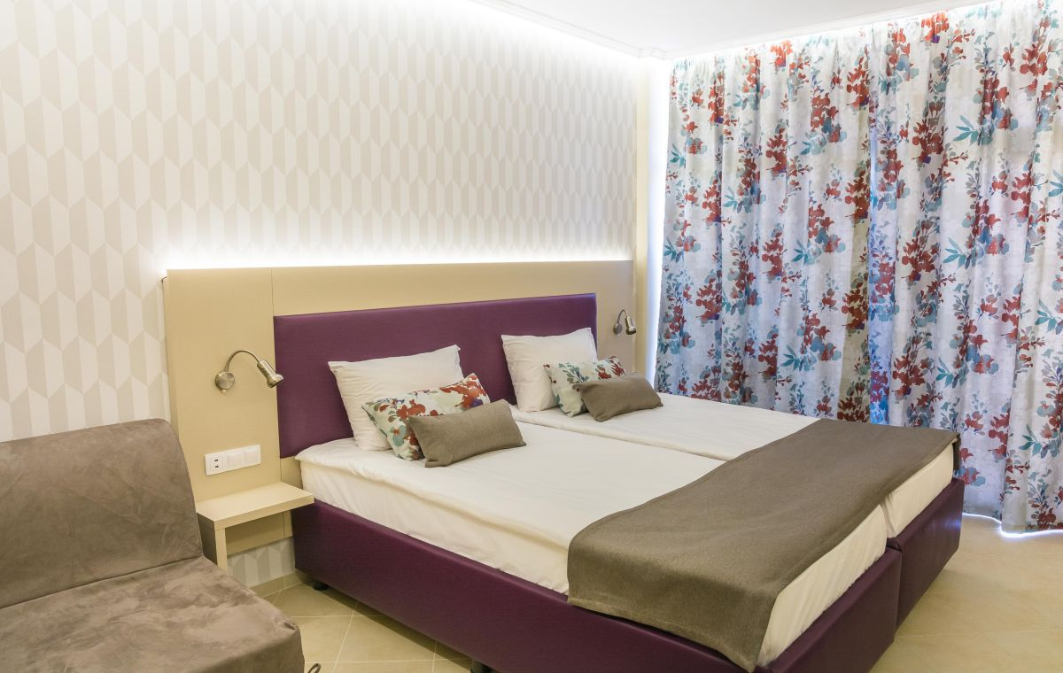 Letovanje_Hoteli_Bugarska_Suncev_Breg_Astoria_Barcino_Tours-14.jpg