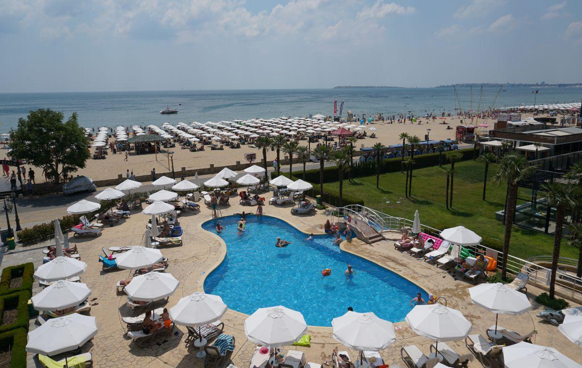 Letovanje_Hoteli_Bugarska_Suncev_Breg_Evrika_Beach_Barcino_Tours-4.jpg