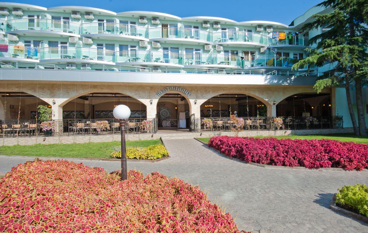 Letovanje_Hoteli_Bugarska_Suncev_Breg_Kotva_Barcino_Tours-18.jpg