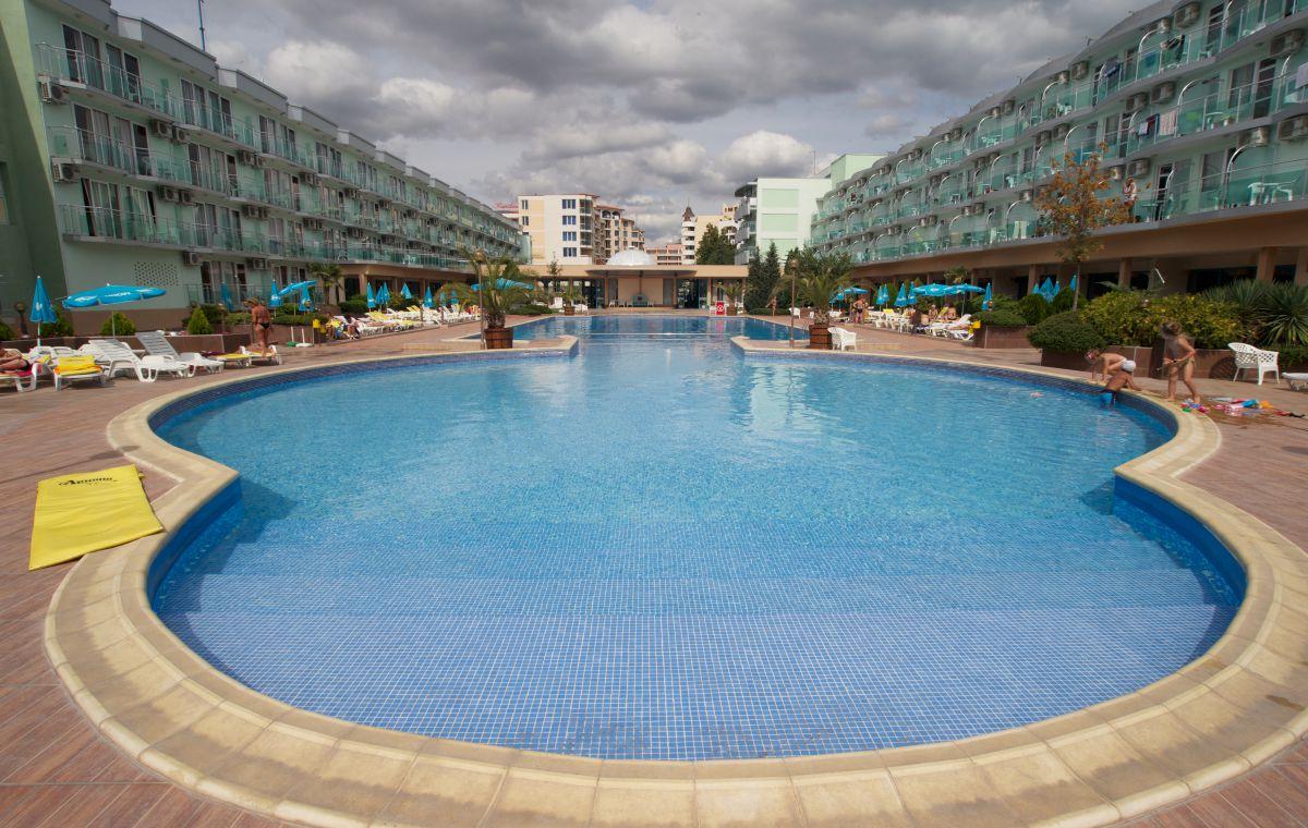 Letovanje_Hoteli_Bugarska_Suncev_Breg_Kotva_Barcino_Tours-2.jpg