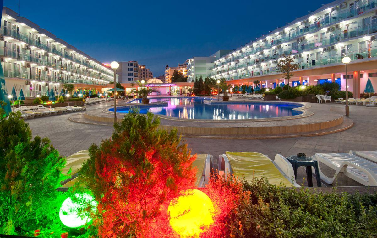 Letovanje_Hoteli_Bugarska_Suncev_Breg_Kotva_Barcino_Tours-20.jpg