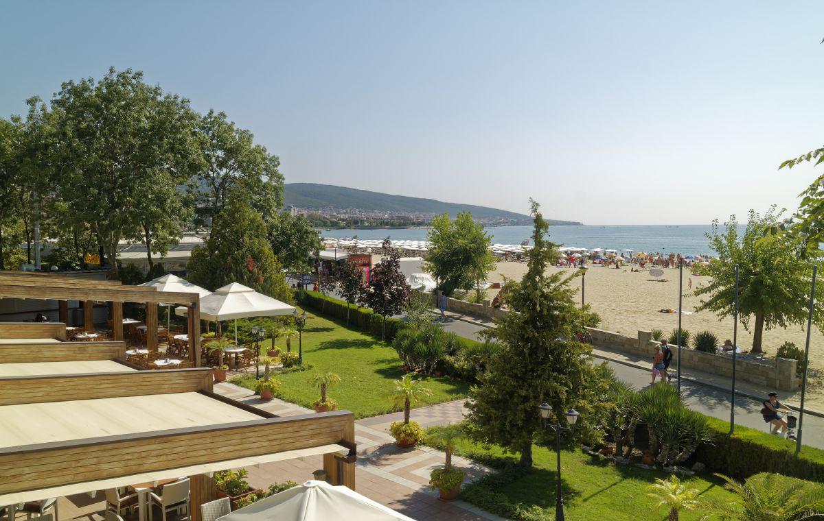 Letovanje_Hoteli_Bugarska_Suncev_Breg_Planeta_Barcino_Tours-10-1.jpg