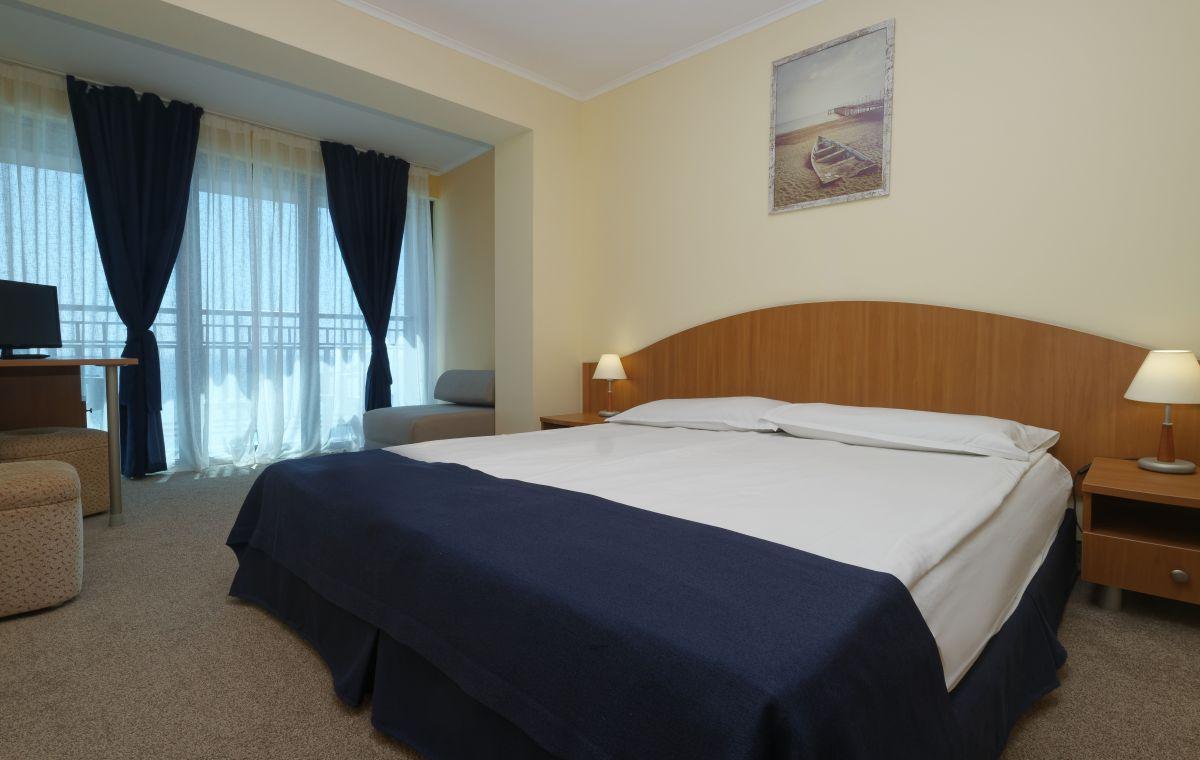 Letovanje_Hoteli_Bugarska_Suncev_Breg_Planeta_Barcino_Tours-12-1.jpg