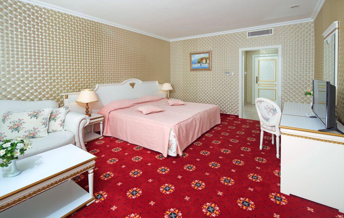 Letovanje_Hoteli_Bugarska_Suncev_Breg_Planeta_Barcino_Tours-15.jpg