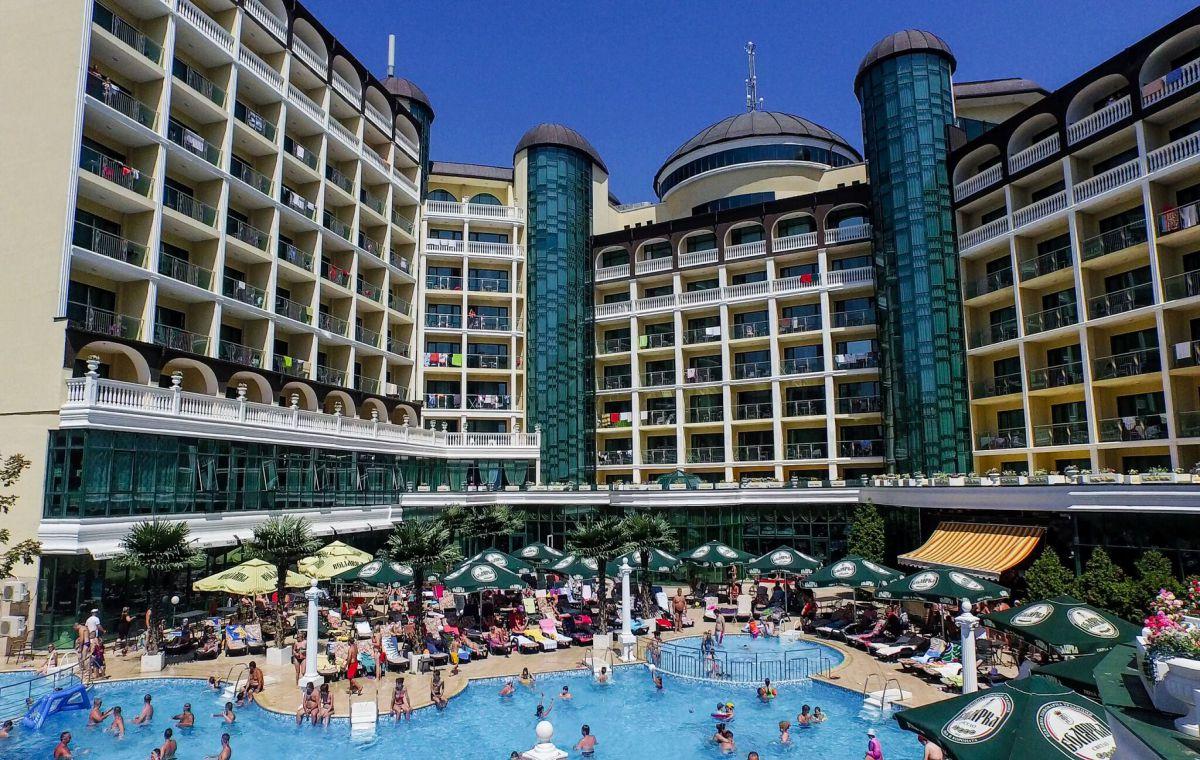 Letovanje_Hoteli_Bugarska_Suncev_Breg_Planeta_Barcino_Tours-18.jpg