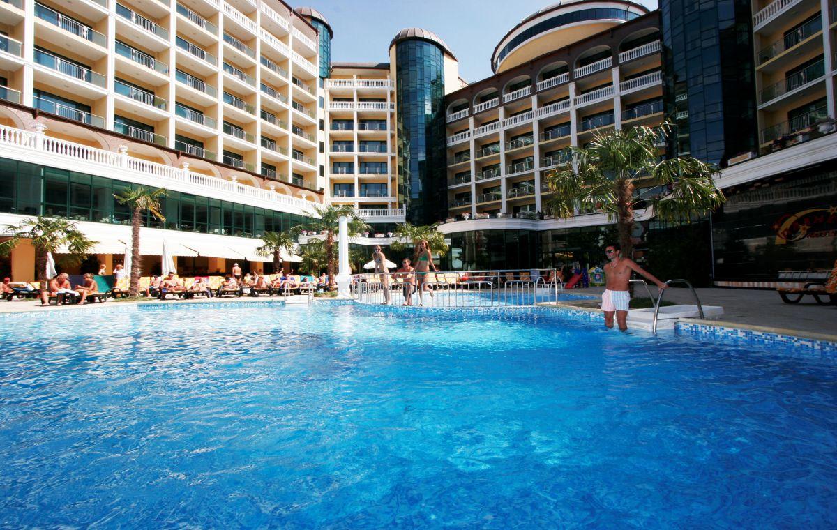 Letovanje_Hoteli_Bugarska_Suncev_Breg_Planeta_Barcino_Tours-19.jpg