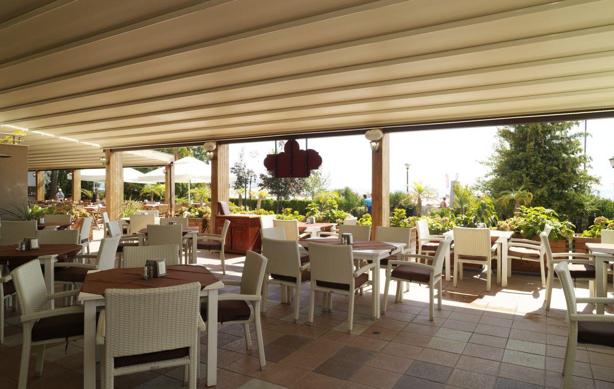 Letovanje_Hoteli_Bugarska_Suncev_Breg_Planeta_Barcino_Tours-21-1.jpg