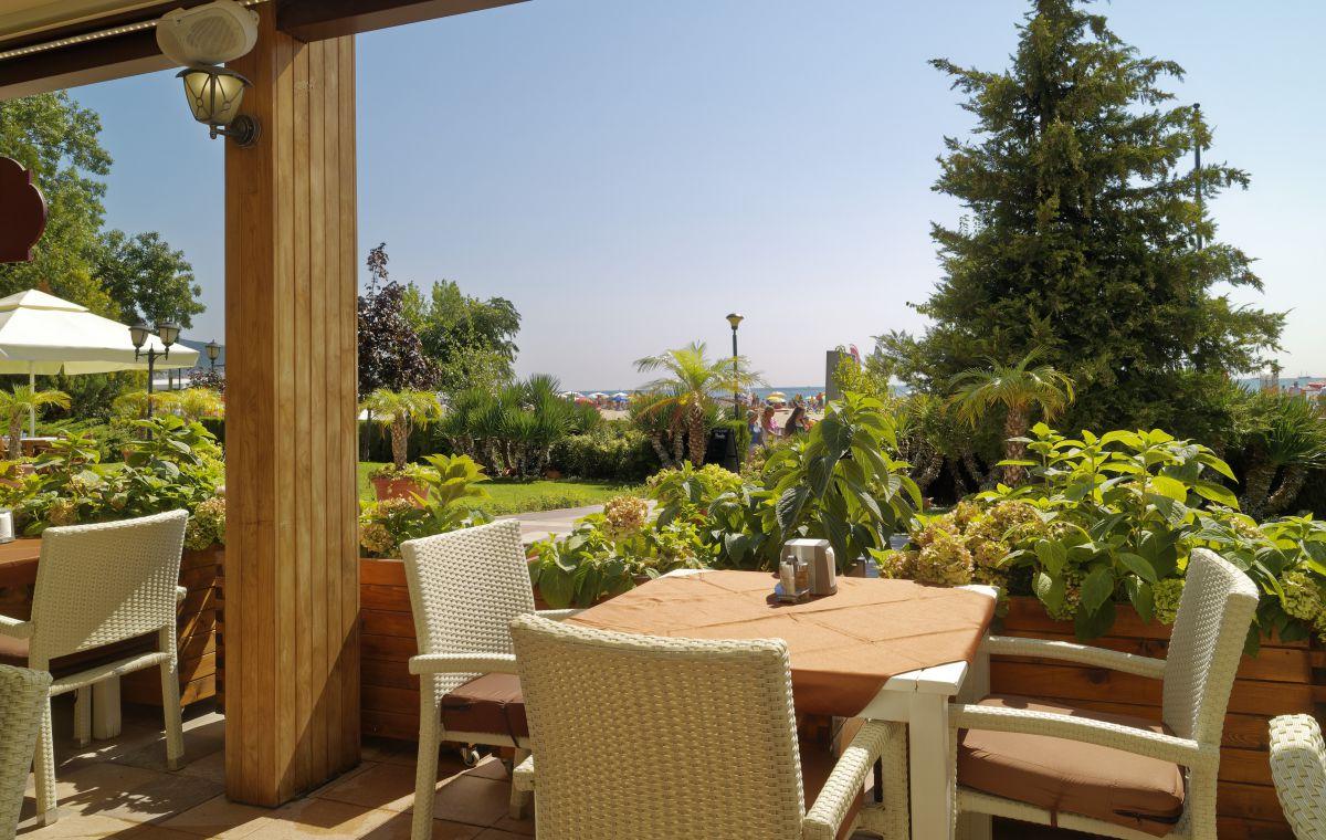 Letovanje_Hoteli_Bugarska_Suncev_Breg_Planeta_Barcino_Tours-22-1.jpg