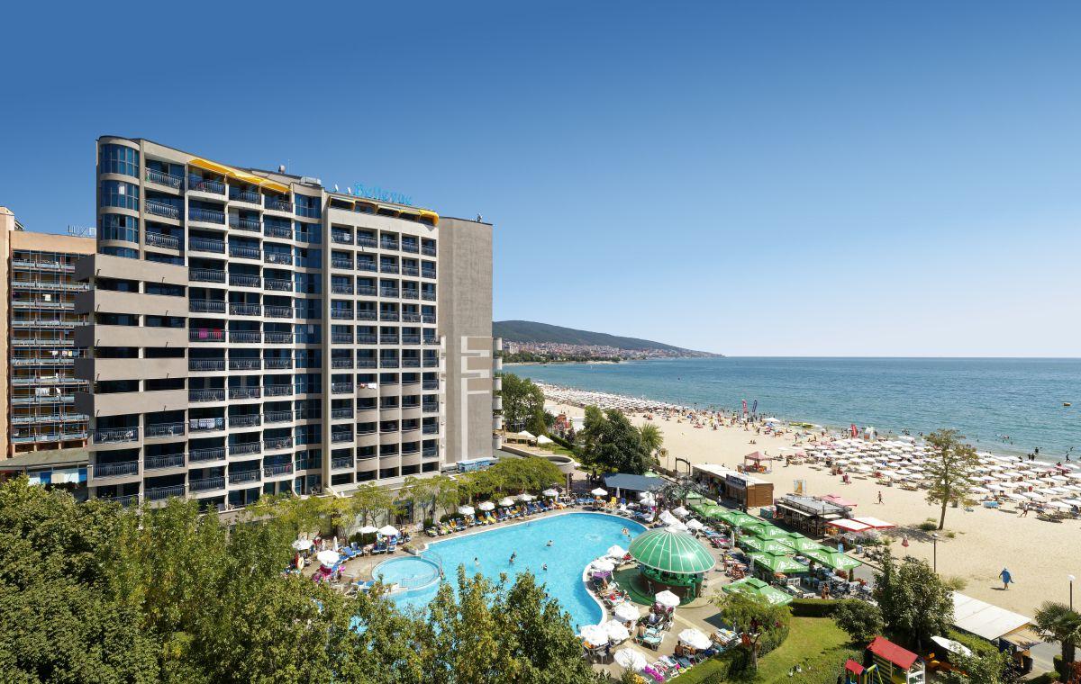 Letovanje_Hoteli_Bugarska_Suncev_Breg_Planeta_Barcino_Tours-3-1.jpg