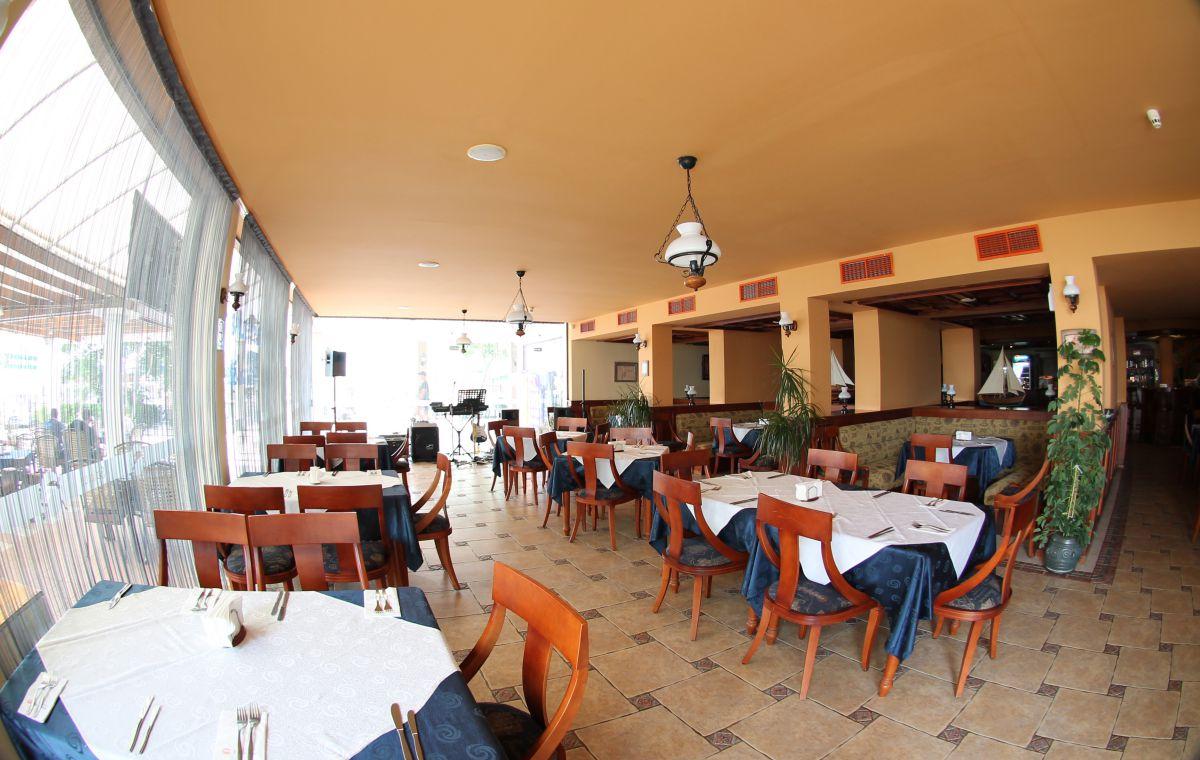 Letovanje_Hoteli_Bugarska_Suncev_Breg_Planeta_Barcino_Tours-30.jpg