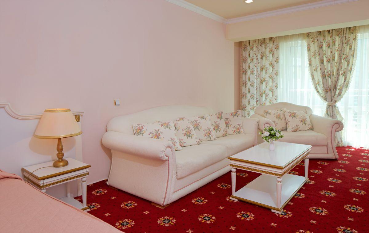 Letovanje_Hoteli_Bugarska_Suncev_Breg_Planeta_Barcino_Tours-35.jpg
