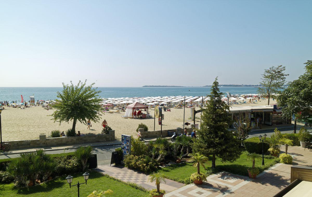 Letovanje_Hoteli_Bugarska_Suncev_Breg_Planeta_Barcino_Tours-9-1.jpg