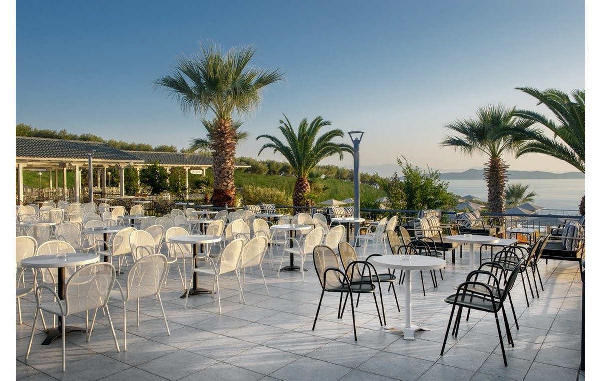 Letovanje_Hoteli_Grčka_Atos_Akrathos_Barcino_Tours-14.jpg