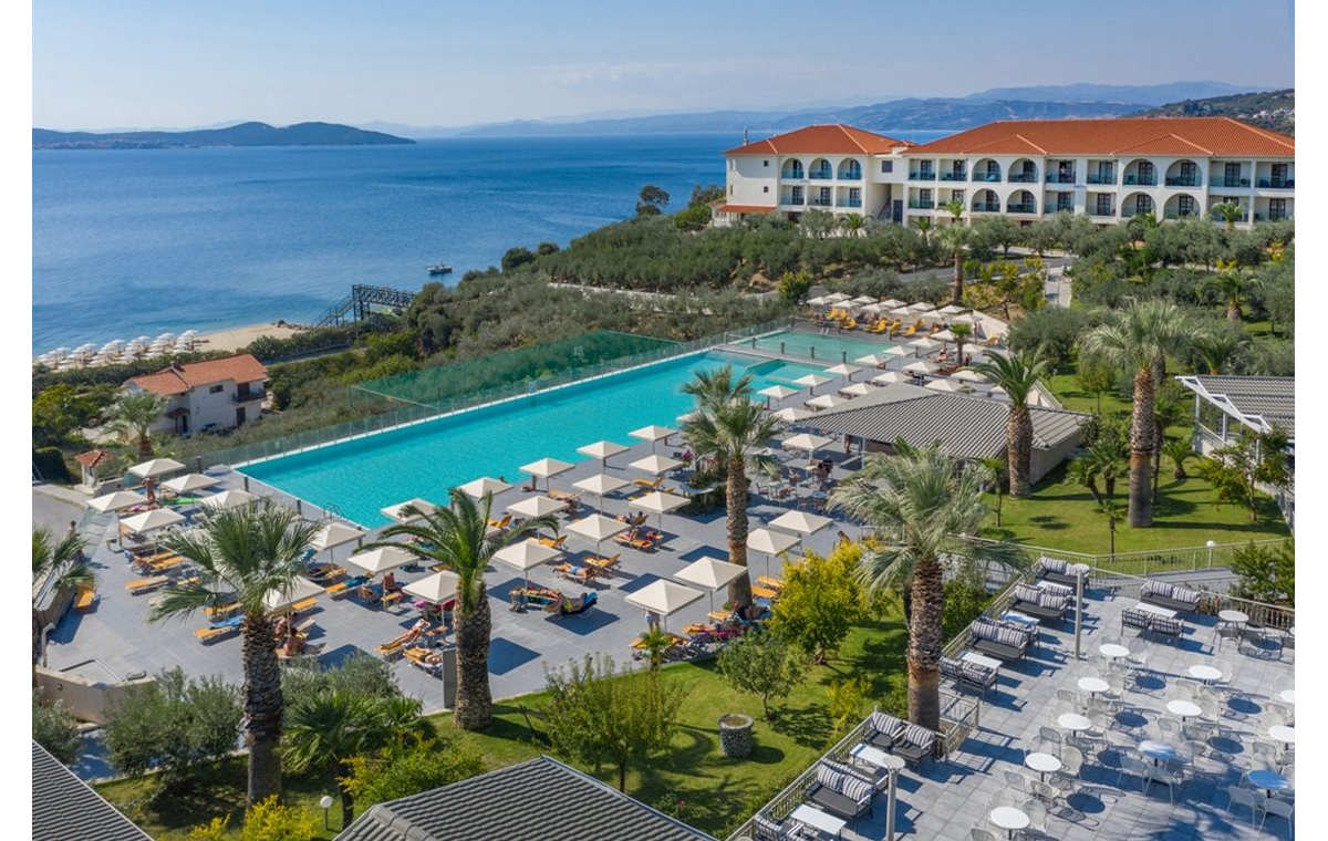 Letovanje_Hoteli_Grčka_Atos_Akrathos_Barcino_Tours-4.jpg