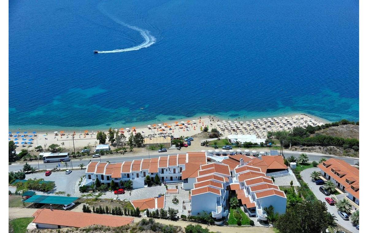 Letovanje_Hoteli_Grčka_Atos_Akti_Ouranouopoli_Barcino_Tours-13.jpg