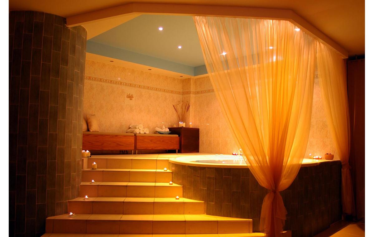 Letovanje_Hoteli_Grčka_Atos_Aristoteles_Holiday_Resort_Barcino_Tours-20.jpg