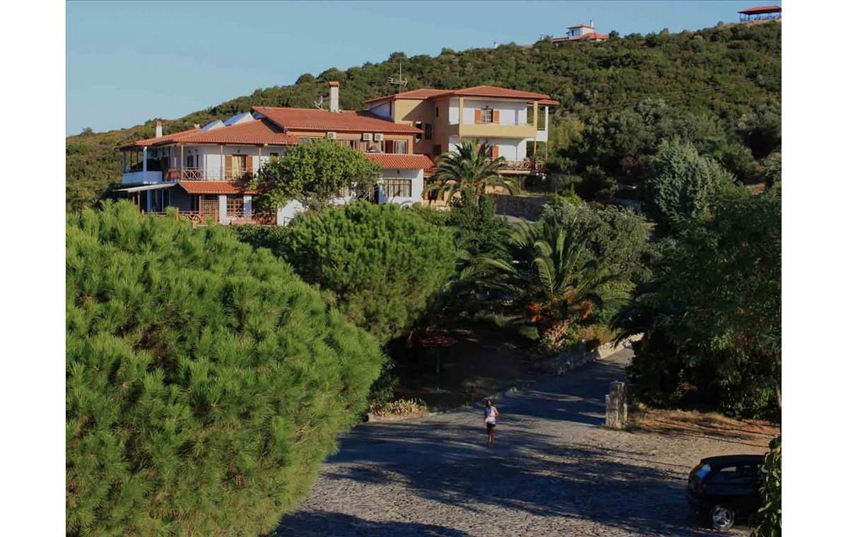 Letovanje_Hoteli_Grčka_Atos_Athorama_Barcino_Tours-10.jpg
