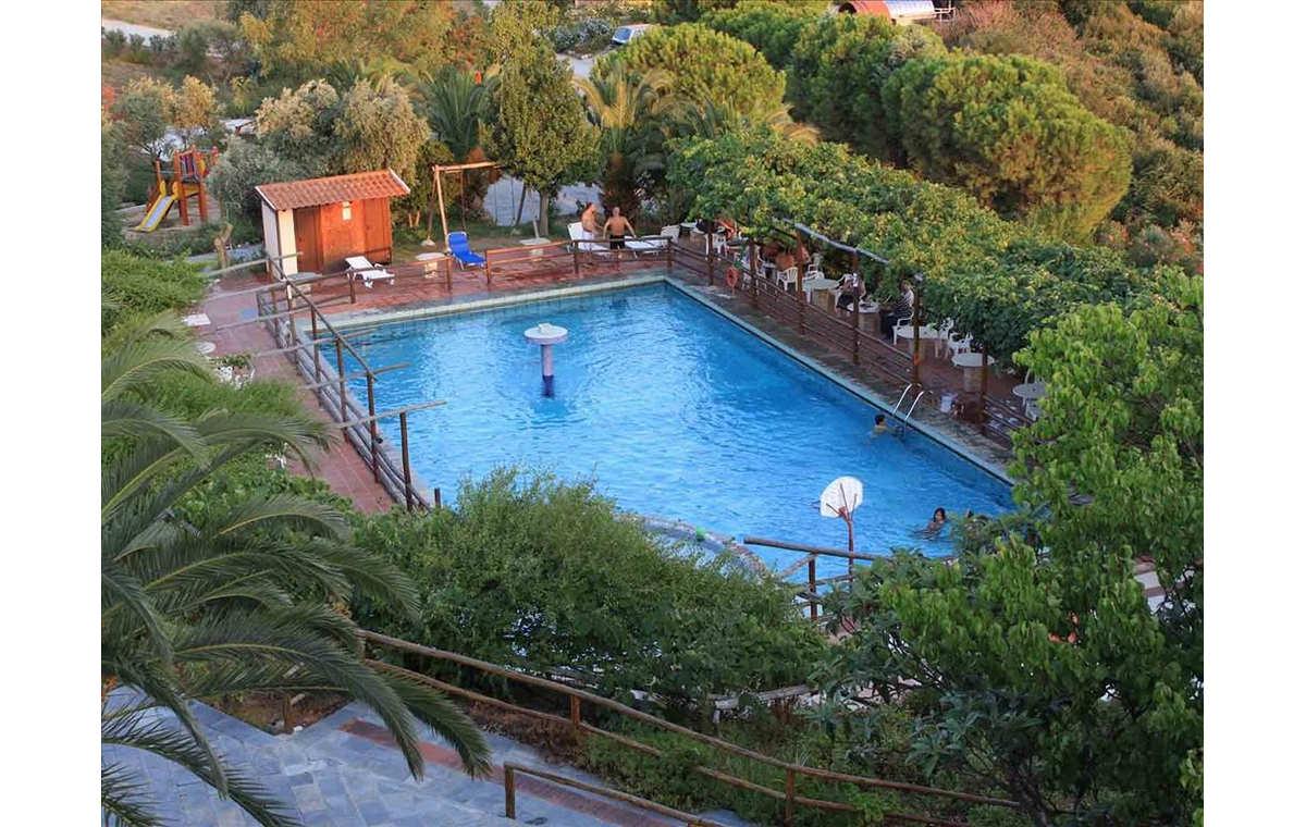 Letovanje_Hoteli_Grčka_Atos_Athorama_Barcino_Tours-12.jpg