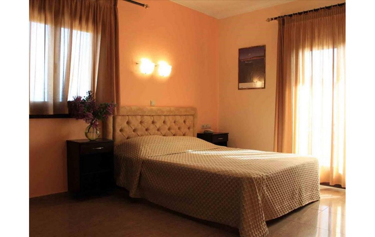 Letovanje_Hoteli_Grčka_Atos_Athorama_Barcino_Tours-4.jpg