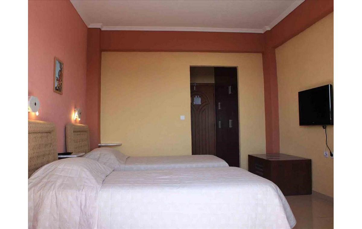 Letovanje_Hoteli_Grčka_Atos_Athorama_Barcino_Tours-9.jpg