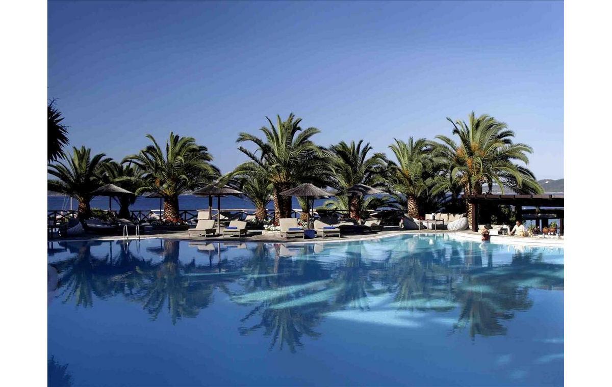 Letovanje_Hoteli_Grčka_Atos_Eagles_Palace_Barcino_Tours-23.jpg