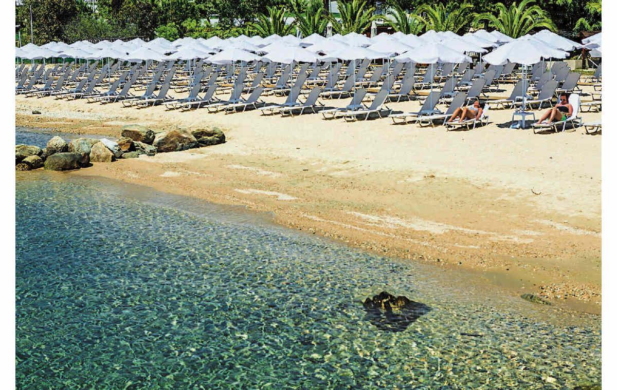 Letovanje_Hoteli_Grčka_Atos_Theoxenia_Barcino_Tours-4.jpg