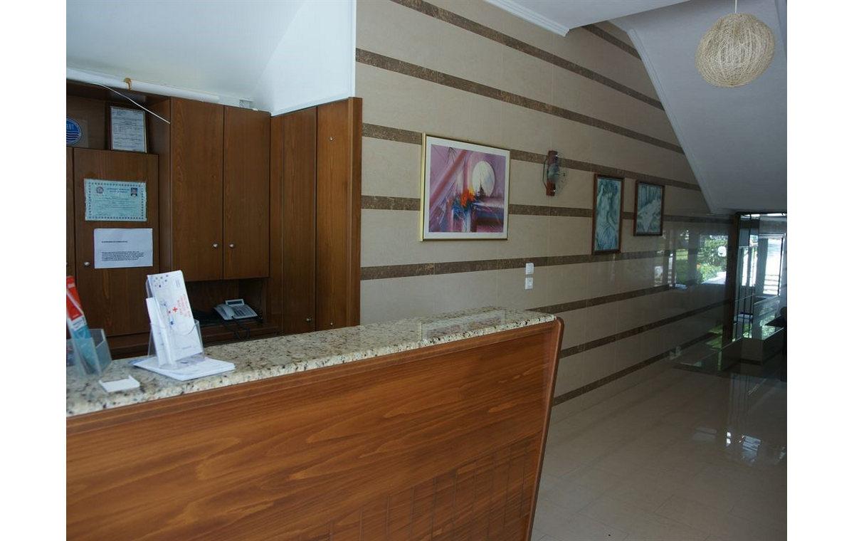Letovanje_Hoteli_Grcka_Hotel_Olympic_Bibis_Barcino_Tours-5.jpg