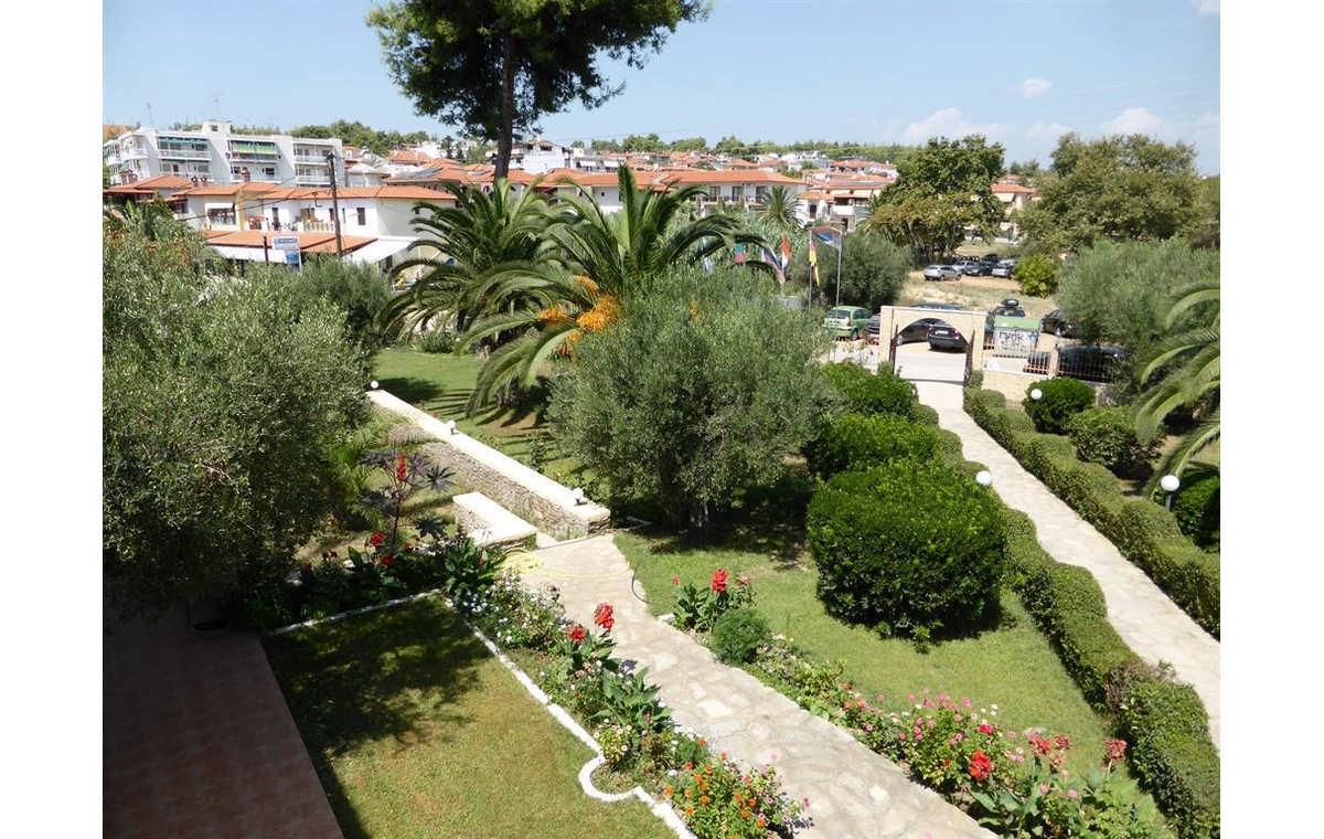 Letovanje_Hoteli_Grcka_Sitonija_Hotel_Porto_Matina_Barcino_Tours-14.jpg