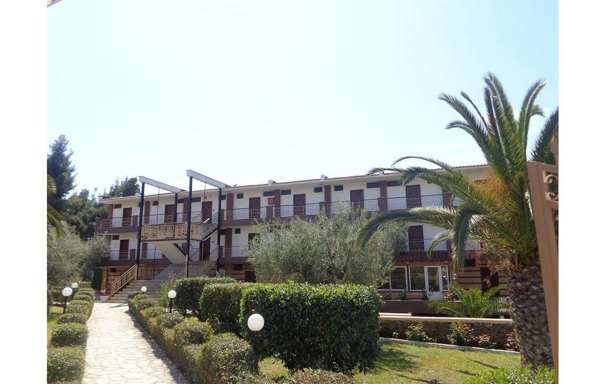 Letovanje_Hoteli_Grcka_Sitonija_Hotel_Porto_Matina_Barcino_Tours-17.jpg