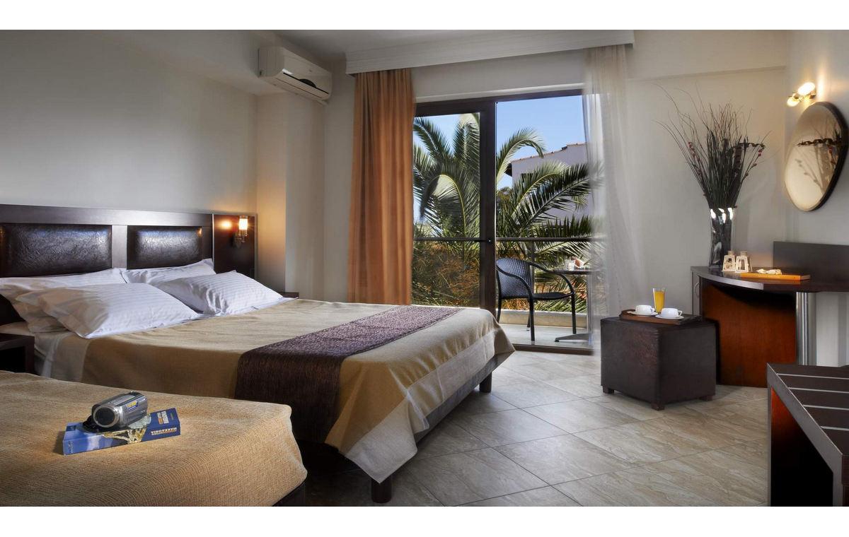 Letovanje_Hoteli_Grcka_Sitonija_Hotel_Simeon_Barcino_Tours-16.jpg
