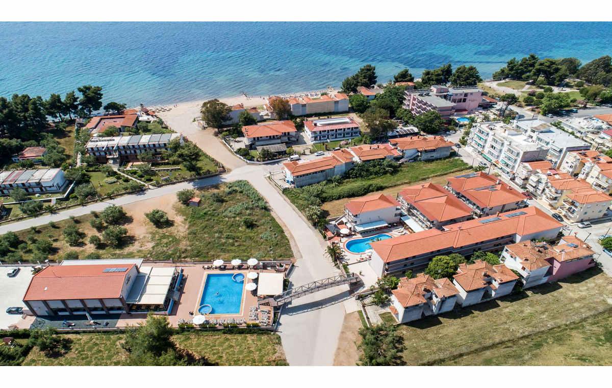 Letovanje_Hoteli_Grcka_Sitonija_Hotel_Simeon_Barcino_Tours-7.jpg