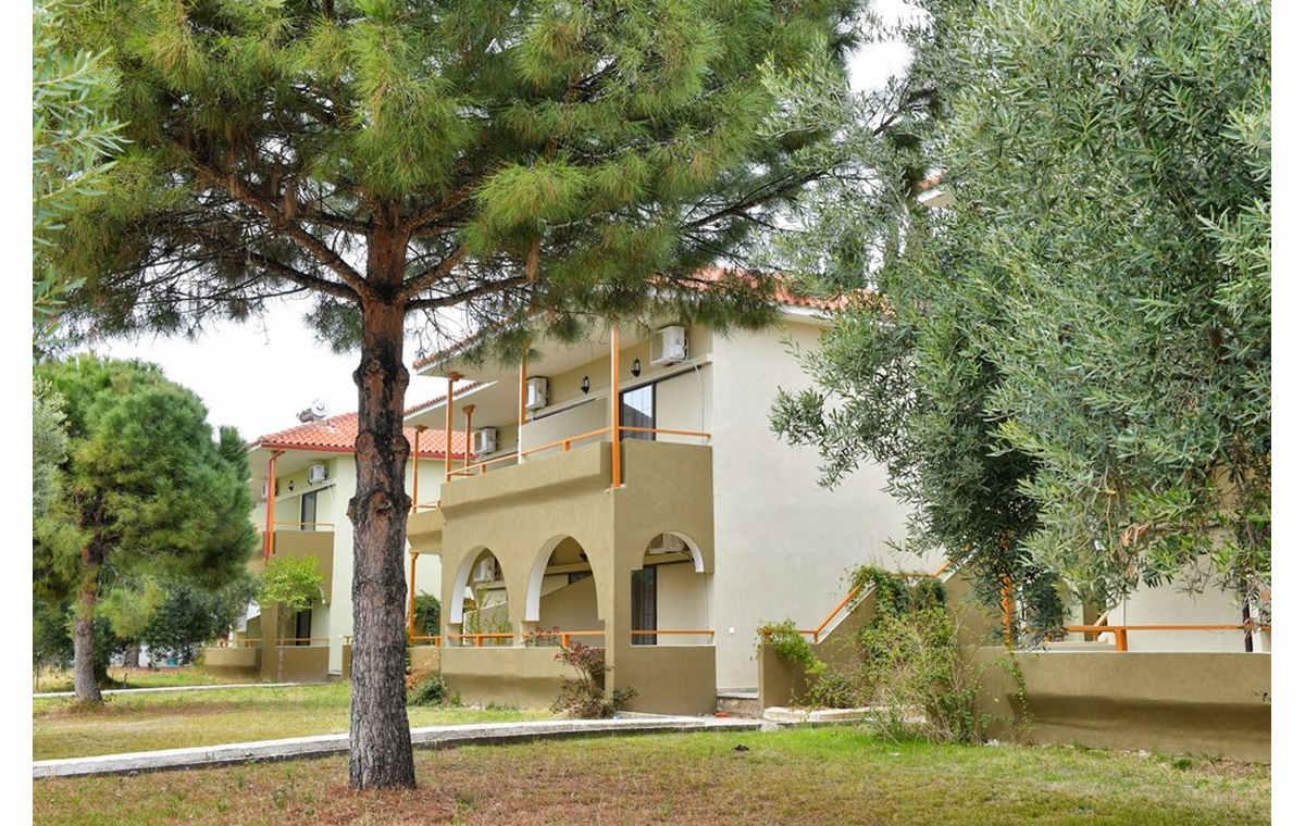 Letovanje_Hoteli_Grcka_Sitonija_Hotel_Sithonia_Village_Barcino_Tours-2.jpg