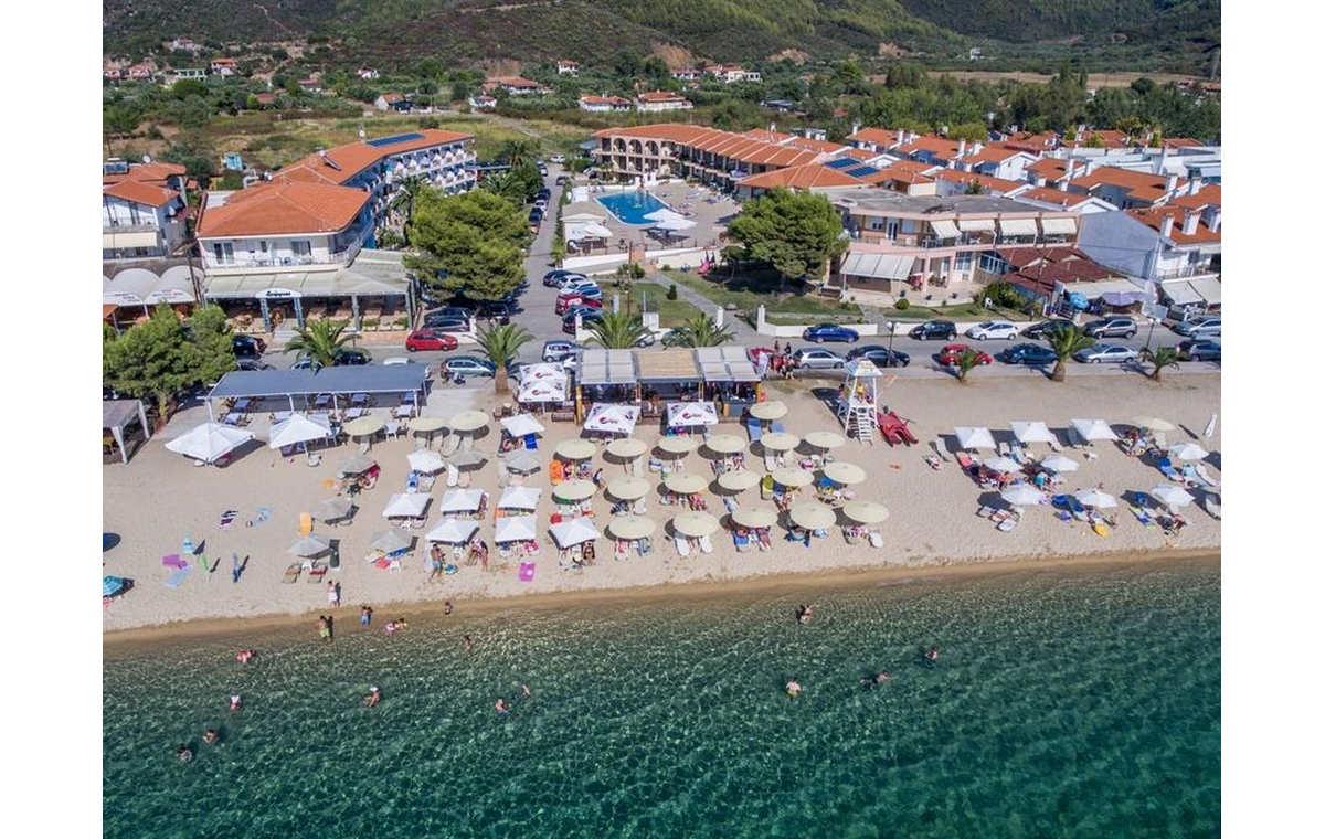 Letovanje_Hoteli_Grcka_Sitonija_Hotel_Toroni_Blue_Sea_Barcino_Tours-10.jpg