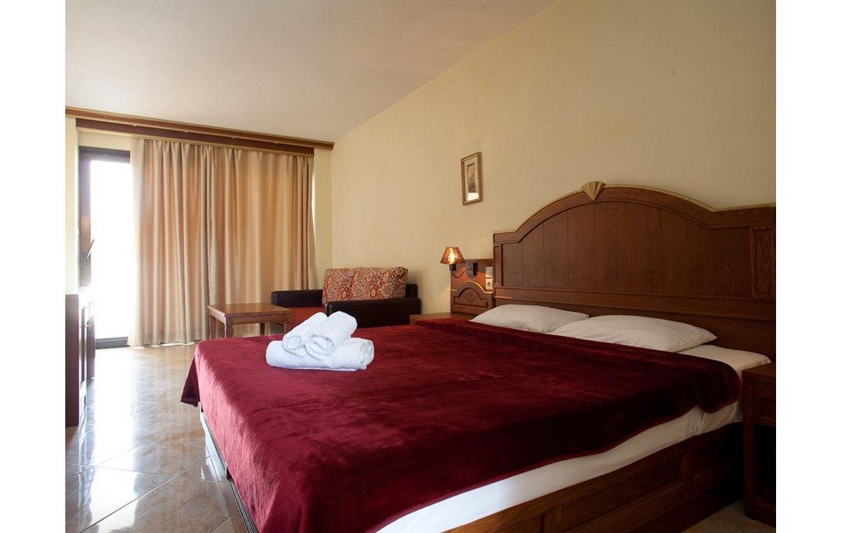 Letovanje_Hoteli_Grcka_Sitonija_Hotel_Toroni_Blue_Sea_Barcino_Tours-12.jpg