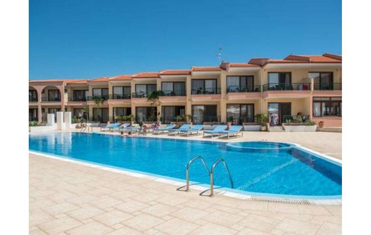 Letovanje_Hoteli_Grcka_Sitonija_Hotel_Toroni_Blue_Sea_Barcino_Tours-7.jpg