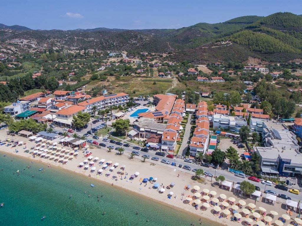 Letovanje_Hoteli_Grcka_Sitonija_Hotel_Toroni_Blue_Sea_Barcino_Tours-9.jpg