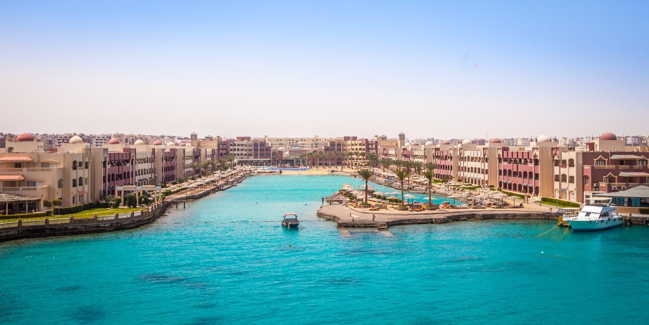 sunny-days-el-palacio-resort-spa_153799396720.jpg