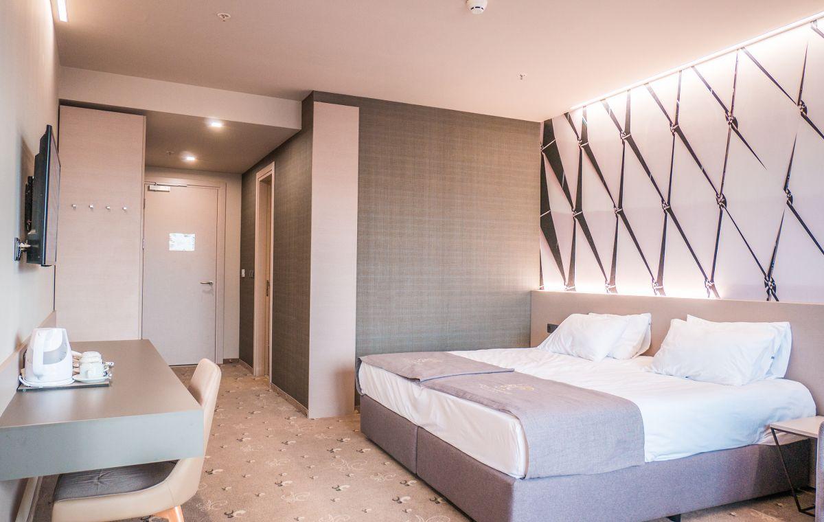 Letovanje_Bugarska_Hoteli_Nessebar_Aqua_Paradise_Hotel_Barcino_Tours.jpg