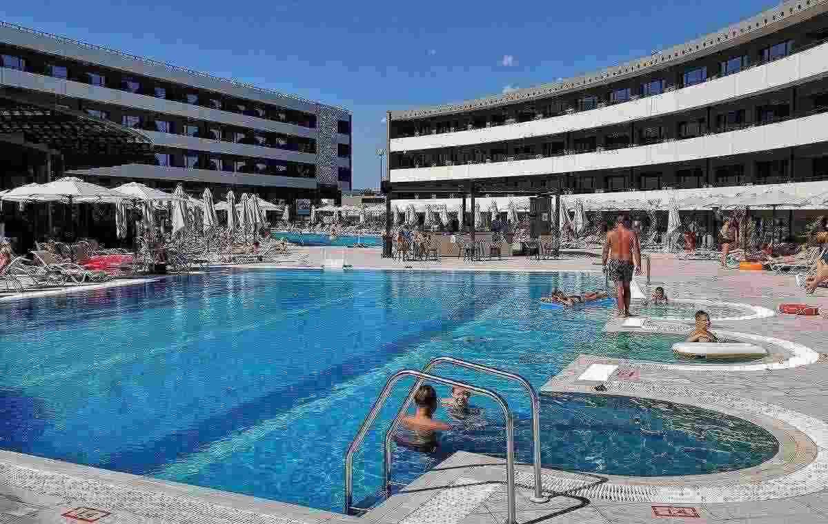 Letovanje_Bugarska_Hoteli_Nessebar_Aqua_Paradise_Hotel_Barcino_Tours5-9.jpg