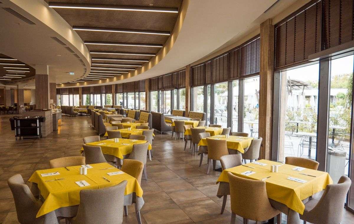 Letovanje_Bugarska_Hoteli_Nessebar_Aqua_Paradise_Hotel_Barcino_Tourss-3.jpg