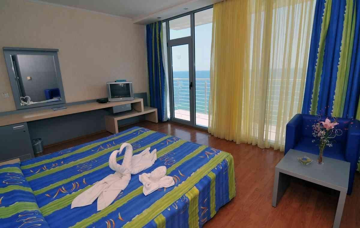 Letovanje_Bugarska_Hoteli_Nessebar_Sol_Marina_Palace_Hotel_Barcino_Tours-3.jpg