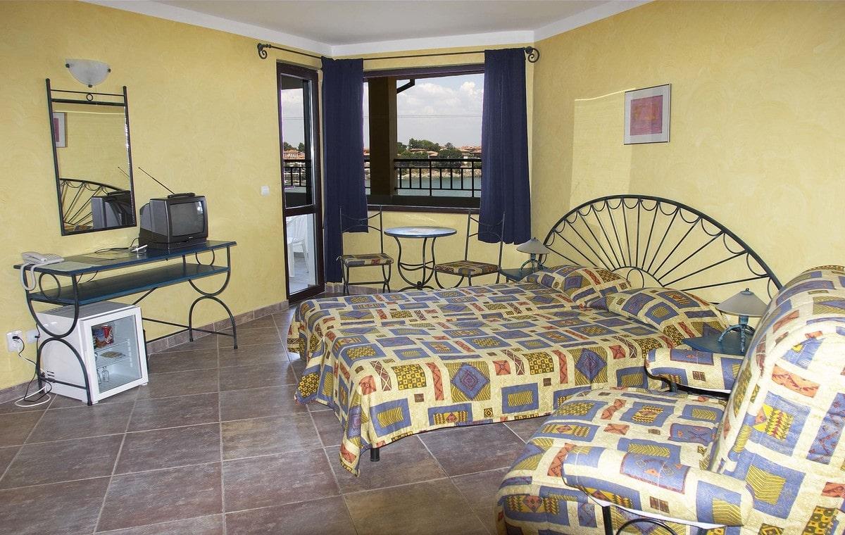 Letovanje_Bugarska_Hoteli_Sozopol_Hotel_Parnasse-4.jpg