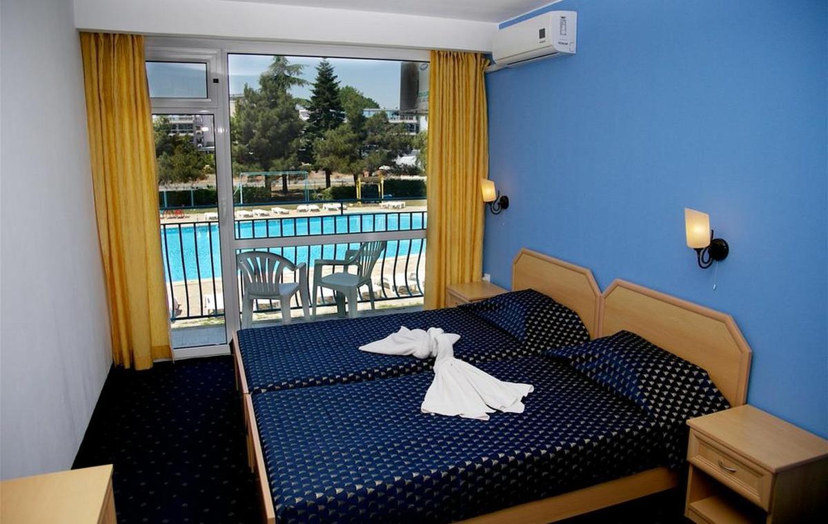Letovanje_Bugarska_Hoteli_Suncev_Breg_Continental2_Hotel_Barcino_Tours-1.jpg
