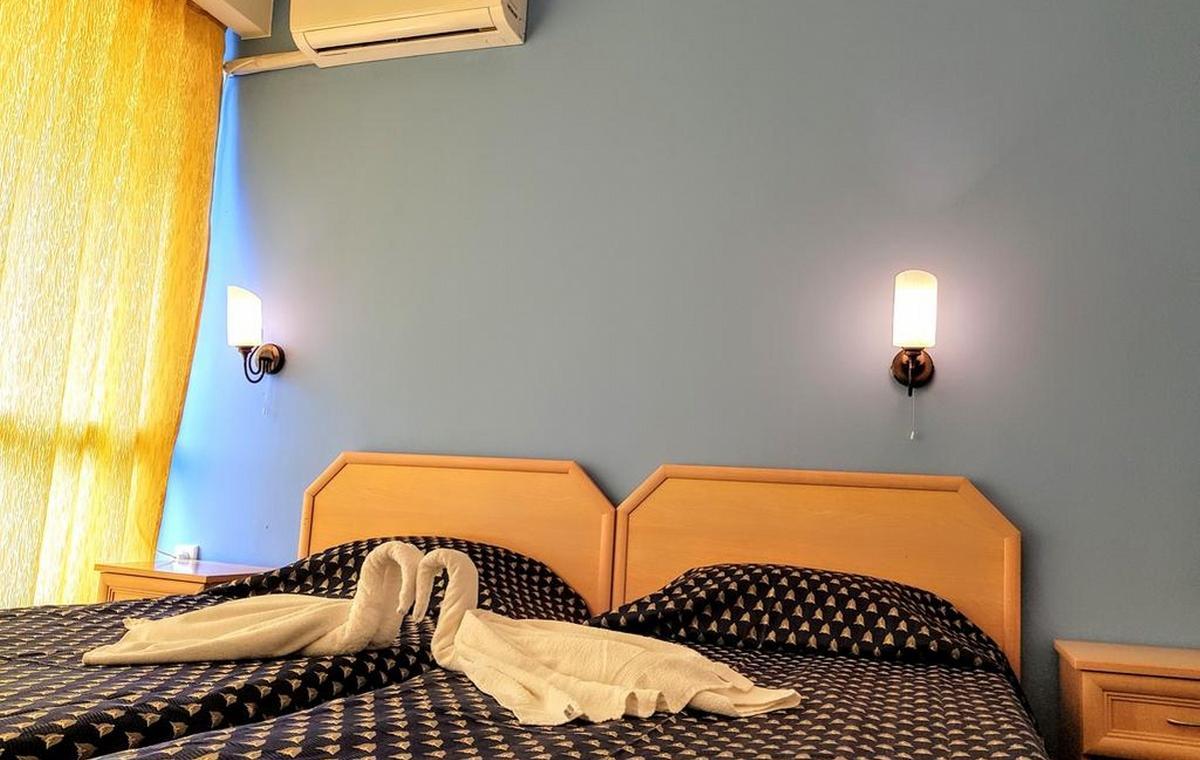 Letovanje_Bugarska_Hoteli_Suncev_Breg_Continental2_Hotel_Barcino_Tours-3.jpg