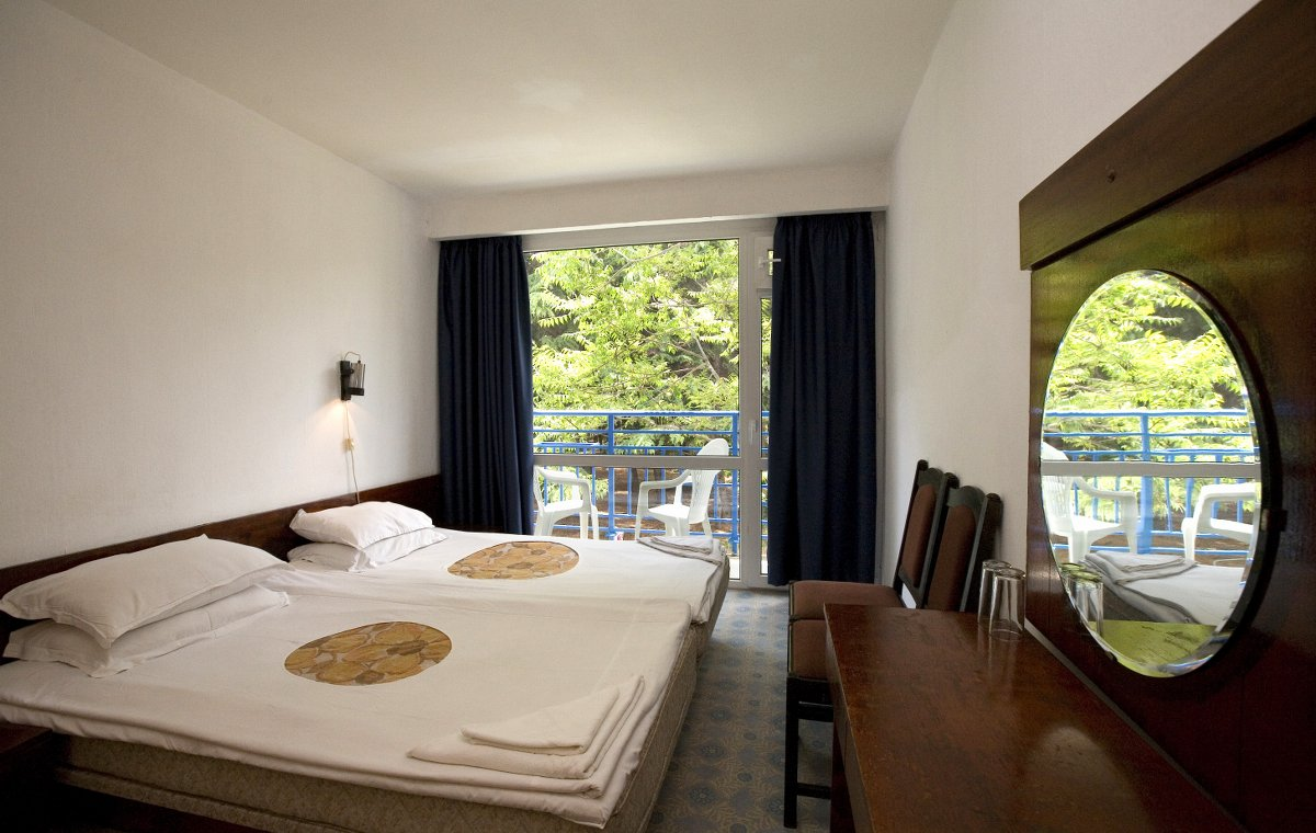 Letovanje_Bugarska_Hoteli_Suncev_Breg_Continental2_Hotel_Barcino_Tours-6.jpg