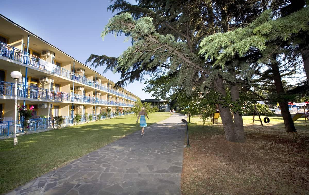 Letovanje_Bugarska_Hoteli_Suncev_Breg_Continental_Prima_Hotel_Barcino_Tours-11.jpg