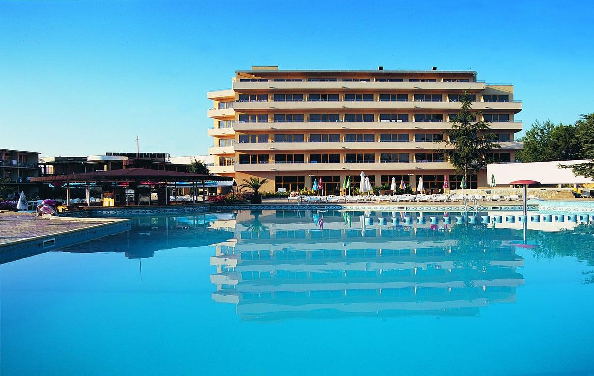 Letovanje_Bugarska_Hoteli_Suncev_Breg_Continental_Prima_Hotel_Barcino_Tours-17.jpg