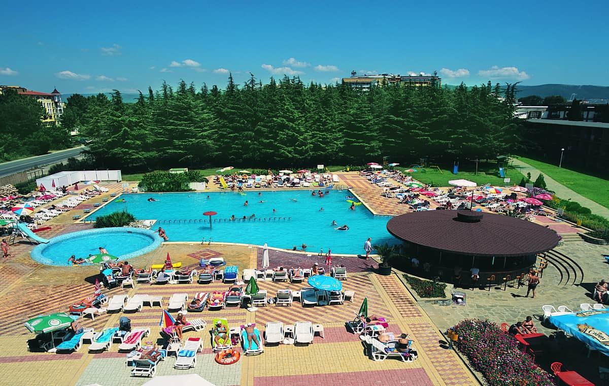 Letovanje_Bugarska_Hoteli_Suncev_Breg_Continental_Prima_Hotel_Barcino_Tours-3.jpg
