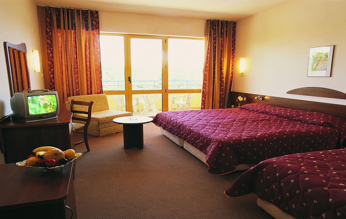 Letovanje_Bugarska_Hoteli_Suncev_Breg_Continental_Prima_Hotel_Barcino_Tours-5.jpg